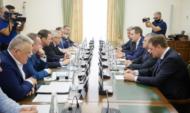 ТОП-менеджмент Сбербанка встретился с руководством области.