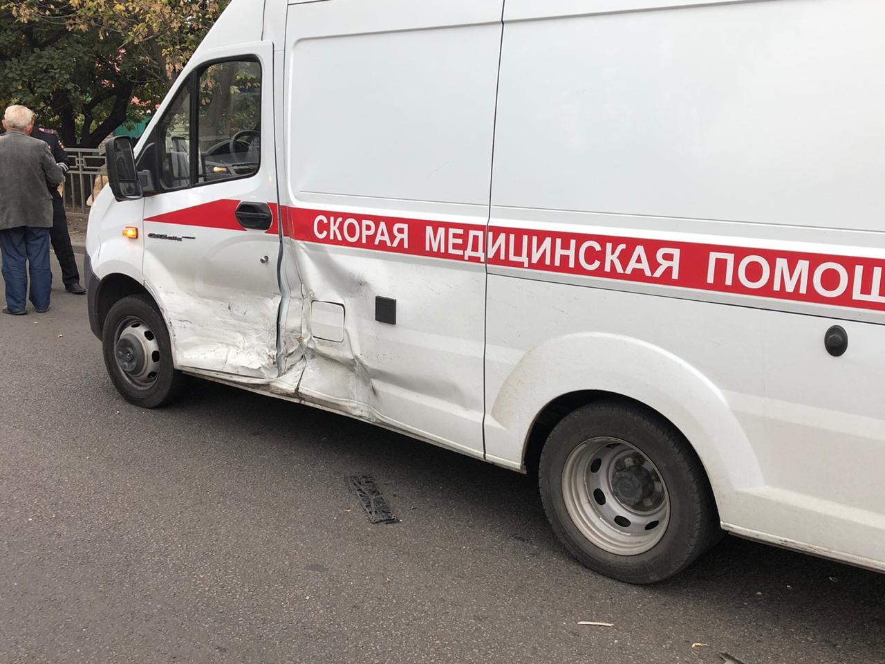 ДТП со скорой помощью в Воронеже.