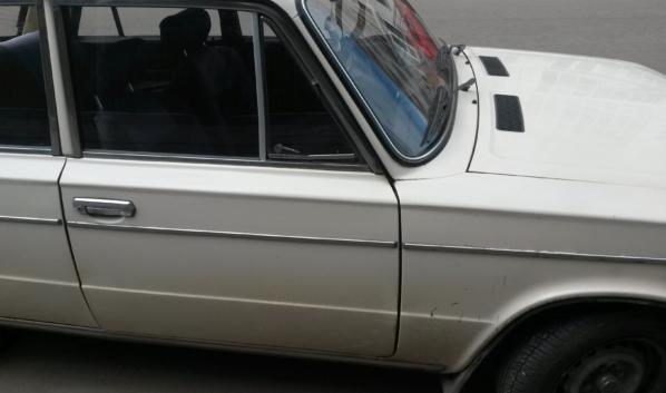 У мужчины угнали авто и разбили его в ДТП.