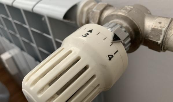 Отопление постепенно приходит в дома.