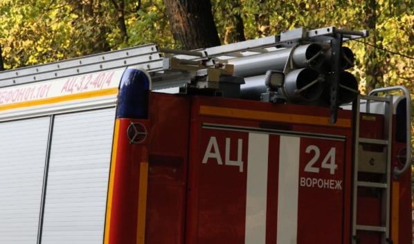 Спасателям удалось потушить наиболее крупные пожары.