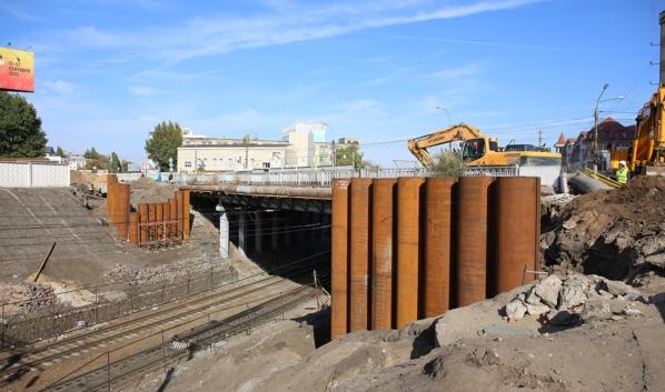 Реконструкция путепровода на улице Ленина в Воронеже.