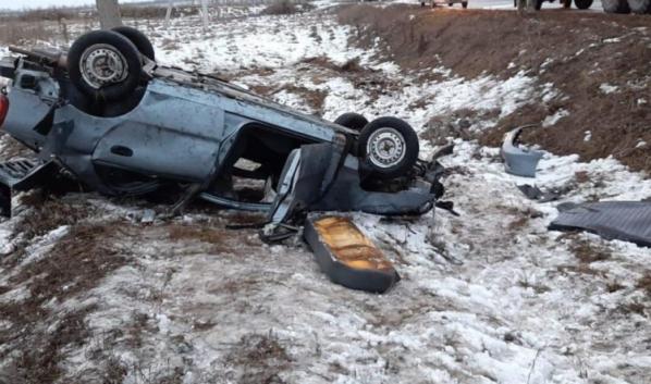 Двое пассажиров этого авто погибли.