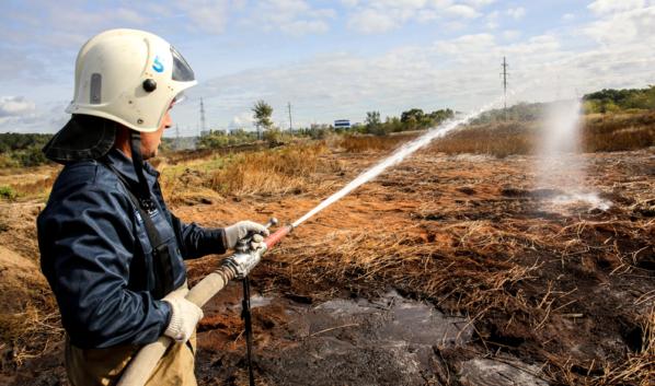 В Воронежской области продолжается борьба с пожарами.