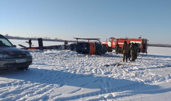 «Робинсон 44» упал в поле под Воронежем.