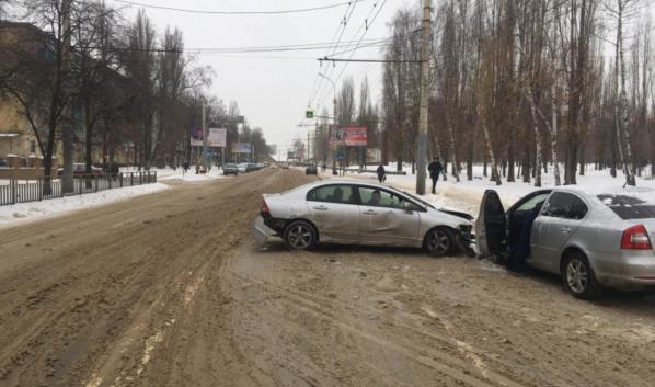 ДТП на улице Домостроителей.