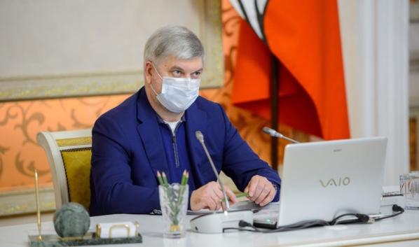 Александр Гусев: против гриппа и ОРВИ нужно и в дальнейшем использовать маски.