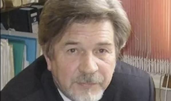 Олег Негробов.