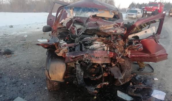 Машины получили повреждения.