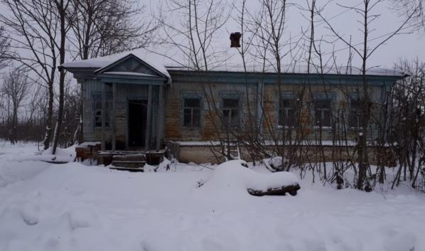 Дом, где произошло преступление.