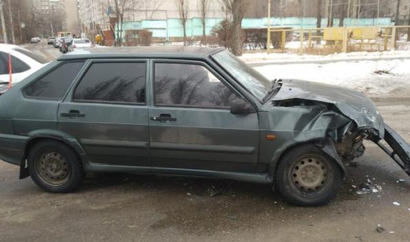 Автомобиль после аварии.