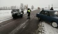 Водитель поблагодарил сотрудников ГИБДД за оказанную помощь.