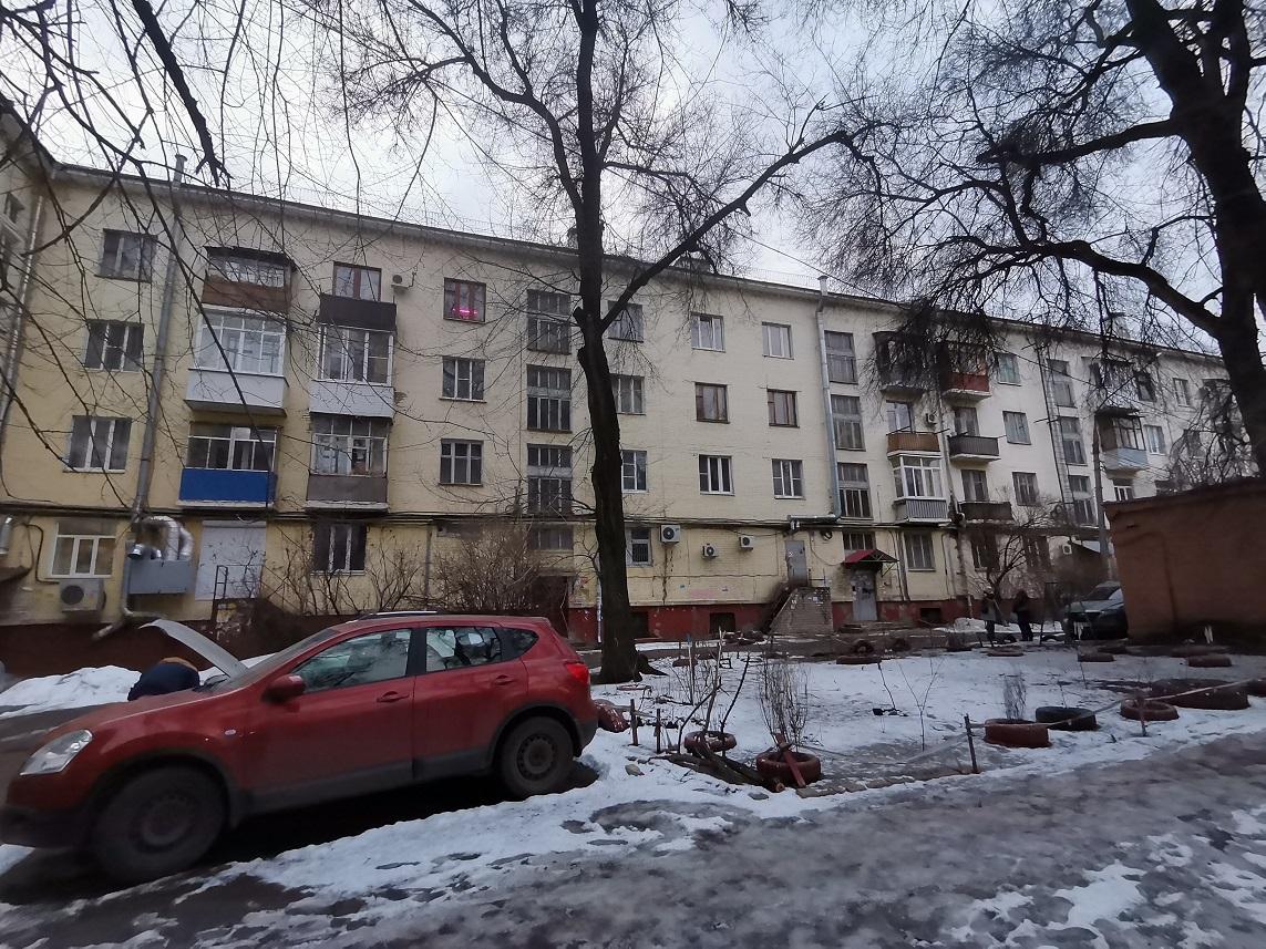 Дом на Московском проспекте пятый год затапливает после капремонта кровли.