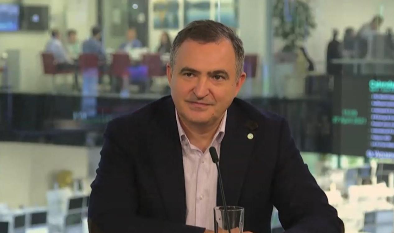 Лев Хасис.