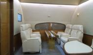 Интерьер повышенной комфортности самолета Ил 96-300.