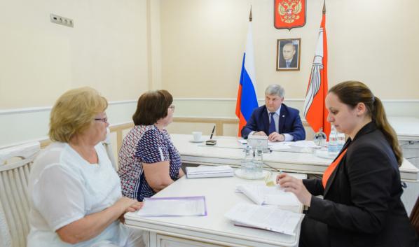 В Воронежской области с 1 июня возобновят личный приём граждан в очной форме.
