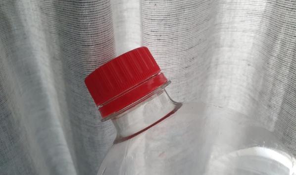 Подозреваемого вычислили по следам на бутылке.