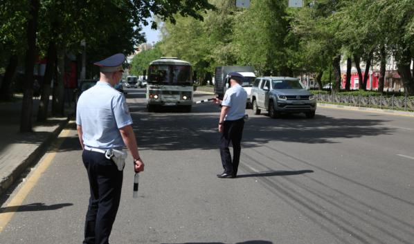 Полиция останавливала маршрутки.