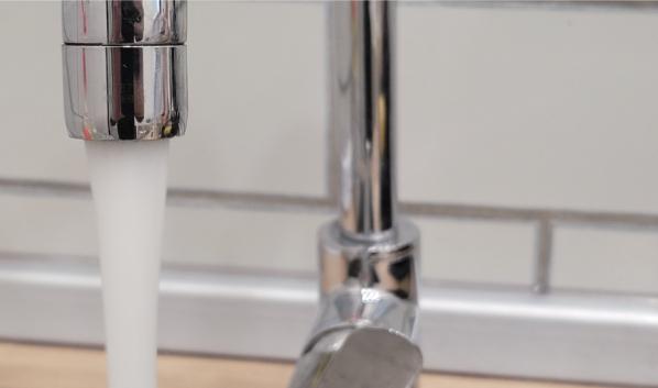 Во многие дома вернули воду.