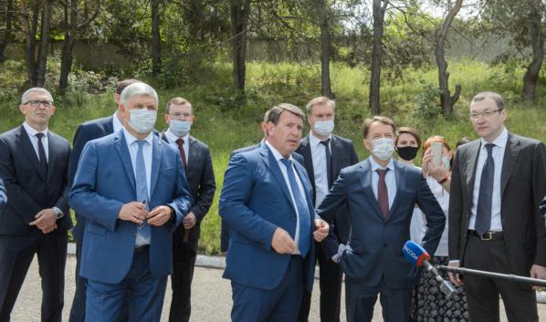 Алексей Гордеев и Александр Гусев посетили правобережные очистные сооружения «РВК-Воронеж».