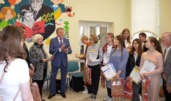 Сергей Лукин в библиотеке имени Маршака.