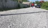 Большие камни на дороге в Рамони.