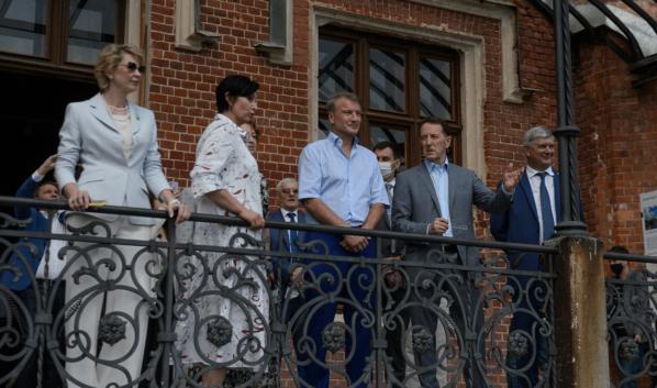 Гости посетили «Дворцовый комплекс Ольденбургских».