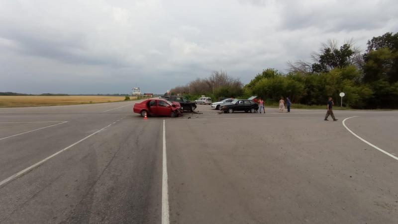 Авария в Бобровском районе.