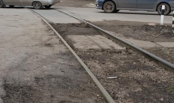 ЧП случилось на железнодорожном переезде.