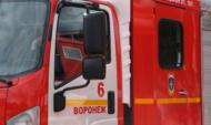 С огнем там боролись 8 спасателей.