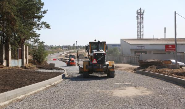 Строительство новой дороги в Воронеже.