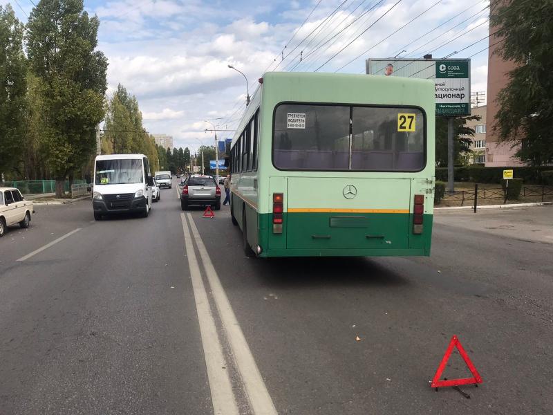Авария с автобусом №27.