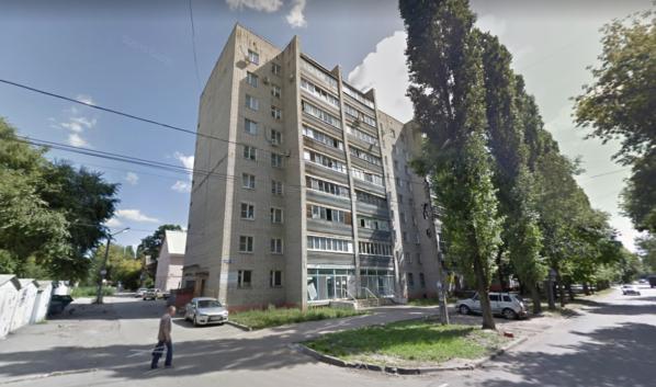Дом №4 по улице Карпинского.