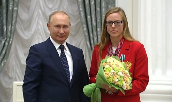 Президент и Дарья Пикалова.