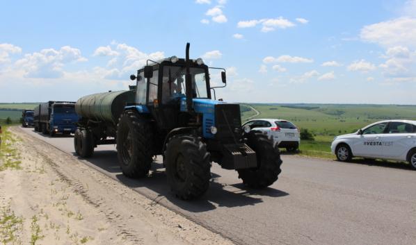 Воронежец воровал топливо с сельхозтехники.