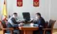 Владимир Нетёсов и Денис Чушкин провели рабочую встречу.