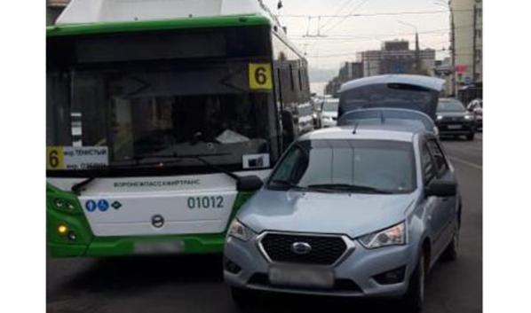 Авария с маршруткой №6.