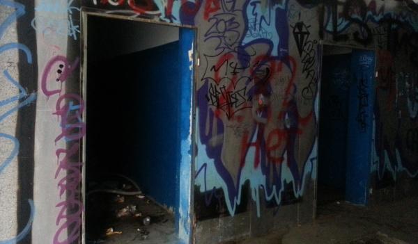 Подземный переход на Плехановской.